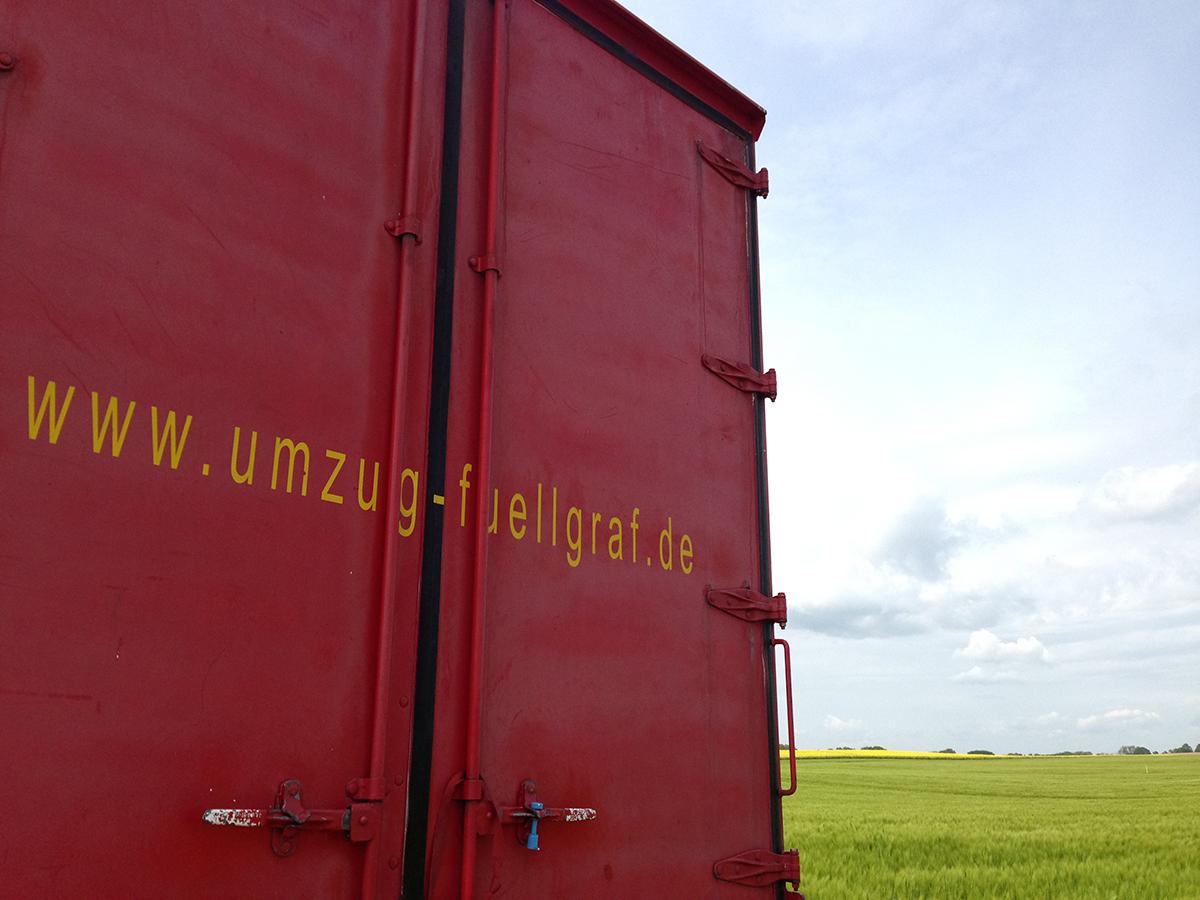 Landschaft Schleswig-Holstein Felder LKW Logistik Umzug
